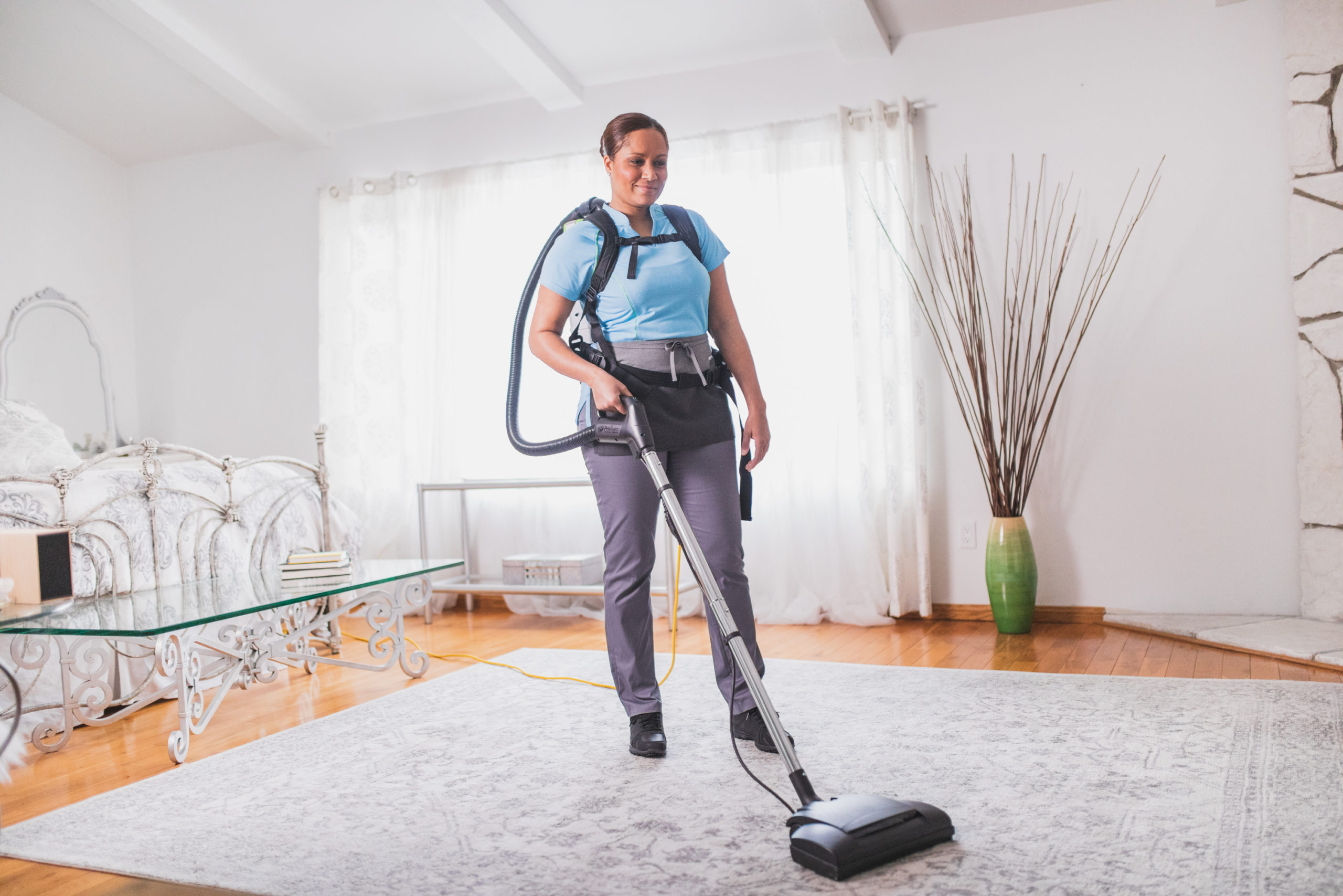 Effective Vacuum Cleaner Using Reviews, Ratings and Comparison Shopping